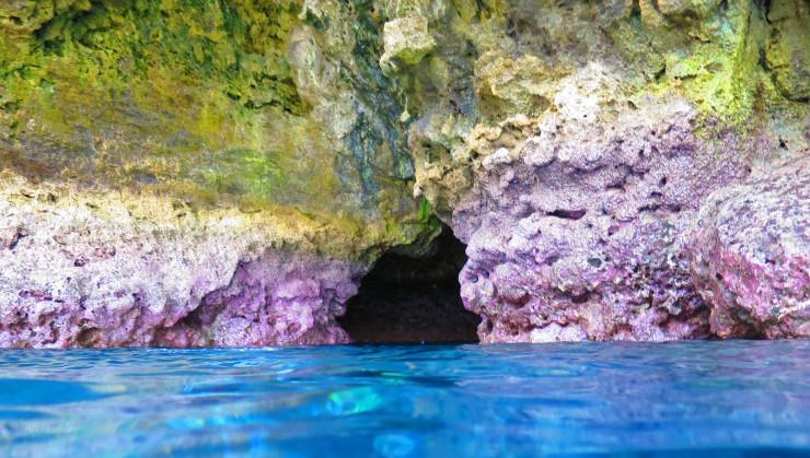 青の洞窟への入り口