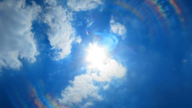 カンカン照りの太陽さん
