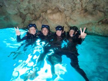 青の洞窟シュノーケル×4名様