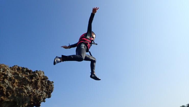 (JUMPING!!!!!!!!)